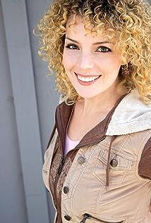 Lira Kellerman Picture