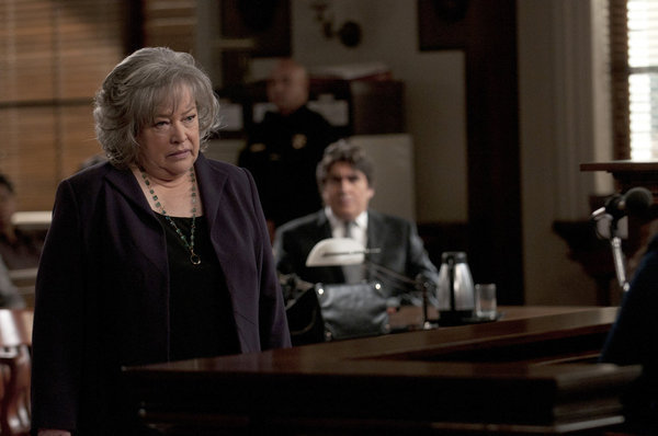 Alfred Molina and Kathy Bates in Harry's Law (2011)