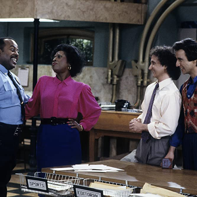Reginald VelJohnson, Mark Linn-Baker, Jo Marie Payton, and Ron Kellum in Family Matters (1989)