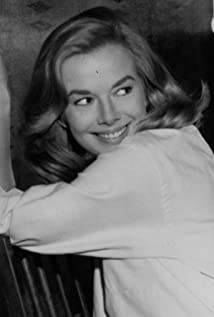 Leslie Parrish Picture