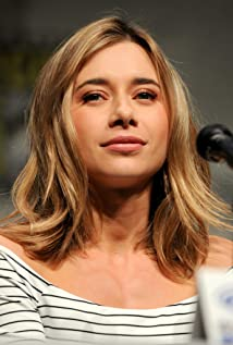 Olesya Rulin Picture