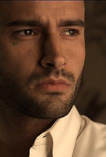 Aktori Christian Monzon