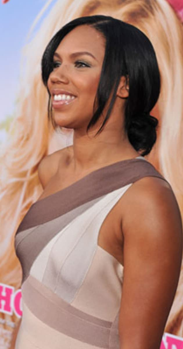 Kiely Williams Nude Photos 91