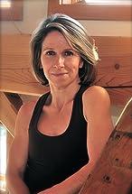 Jennifer Lamb's primary photo