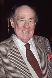 Michael Hordern Picture