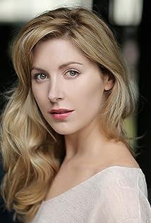 Aktori Emma Hamilton
