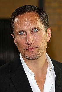Aktori Benno Fürmann