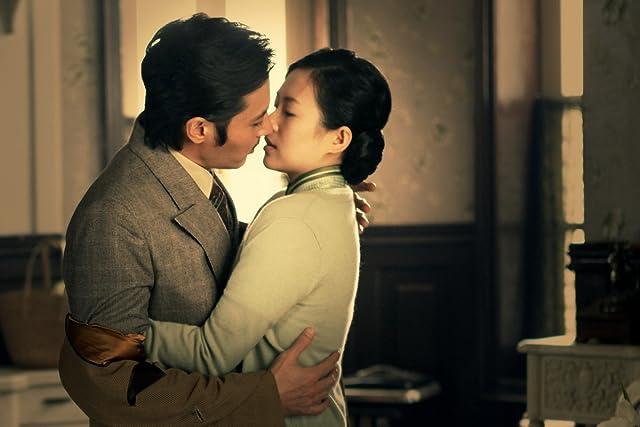 Dong-gun Jang and Ziyi Zhang in Dangerous Liaisons (2012)