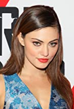 Phoebe Tonkin's primary photo