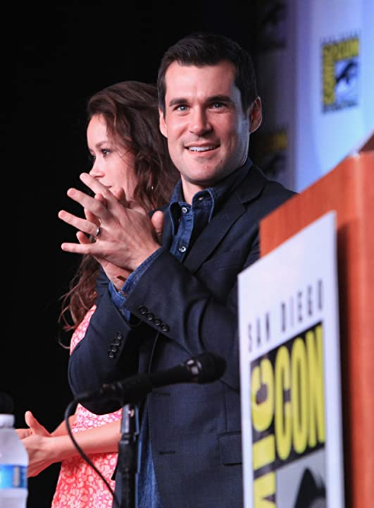 Sean Maher and Summer Glau at Firefly (2002)