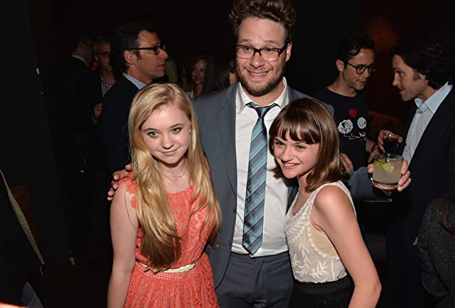 Seth Rogen, Joey King, and Sierra McCormick at This Is the End (2013)