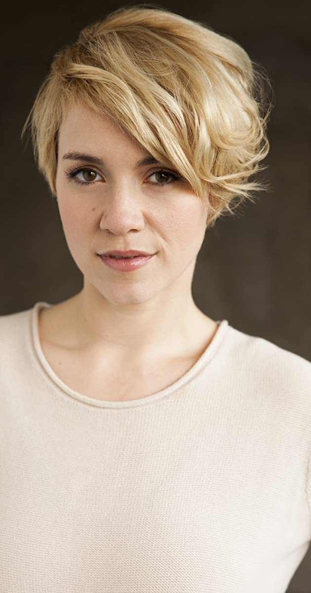 Alice Wetterlund Nude Photos 24
