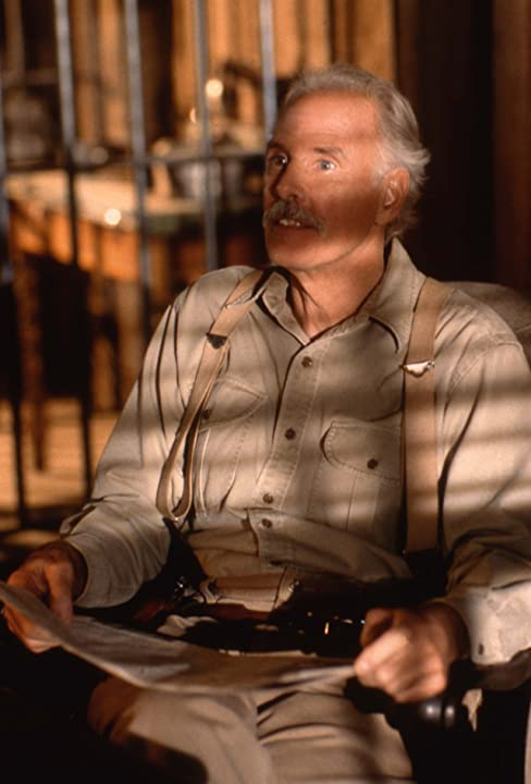Bruce Dern in Last Man Standing (1996)
