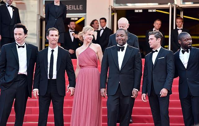 John Cusack, Nicole Kidman, Matthew McConaughey, Lee Daniels, David Oyelowo, and Zac Efron at The Paperboy (2012)