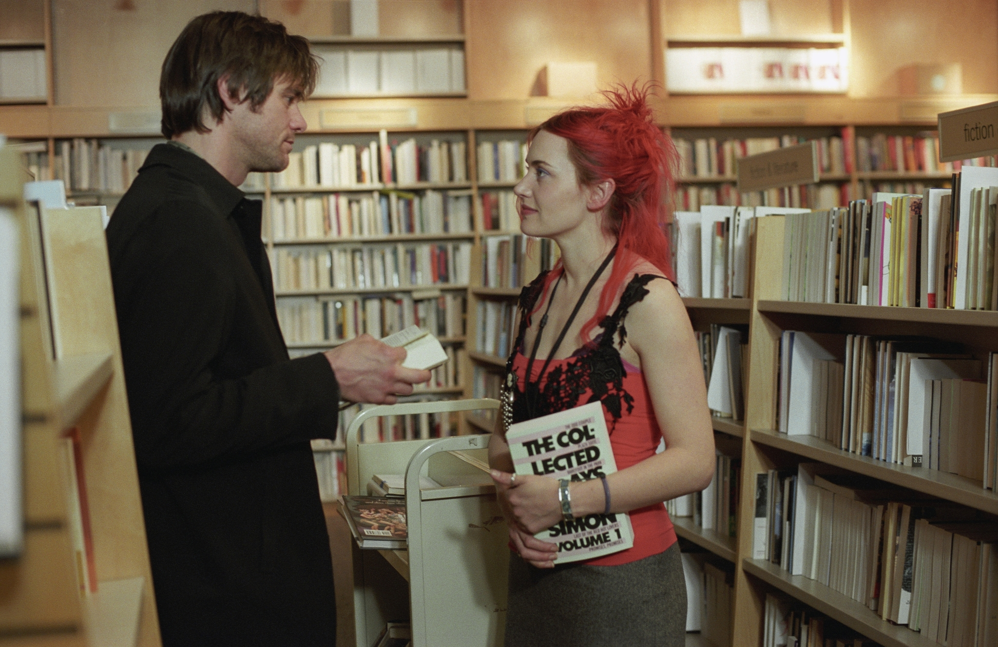 picks picks editors picks for valentine s day  jim carrey and kate winslet in eternal sunshine of the spotless mind 2004