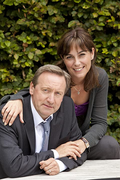 Fiona Dolman and Neil Dudgeon in Midsomer Murders (1997)