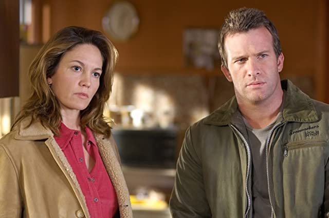 Diane Lane and Thomas Jane in Killshot (2008)