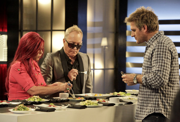 Kate Pierson and Fred Schneider in Top Chef Masters (2009)