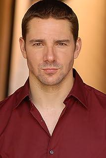 Aktori Drew Rausch