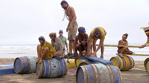 Jeff Probst, Jane Bright, Na Onka Mixon, Kelly Shinn, and Chase Rice in Survivor (2000)