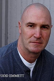 Aktori Todd Emmett