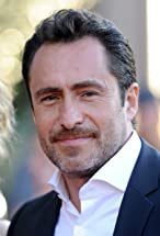 Demian Bichir's primary photo