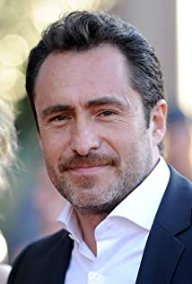 demian bichir silent night