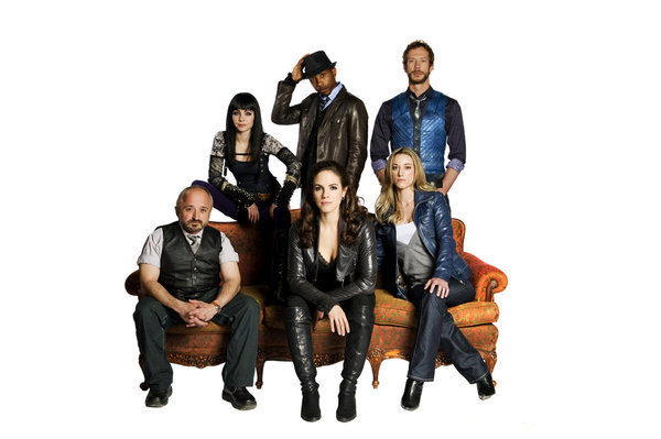 K.C. Collins, Rick Howland, Anna Silk, Ksenia Solo, and Zoie Palmer in Lost Girl (2010)