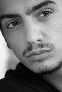 Aktori Gianluca Di Gennaro