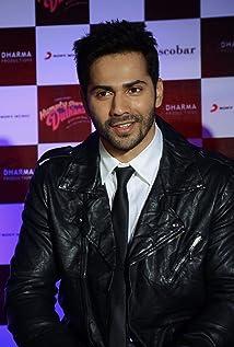 Aktori Varun Dhawan