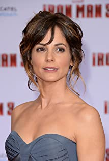 STEPHANIE SZOSTAK at NBC Universal Summer Press Day - HawtCelebs ...