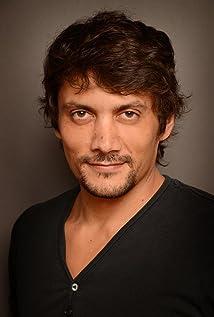 Daniel Holguín Picture