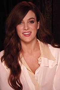 'Logan Lucky' star Riley Keough answers fan questions about Channing Tatum, Adam Driver, Steven Soderbergh, her favorite movies, and more.