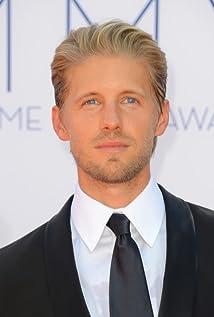 Aktori Matt Barr