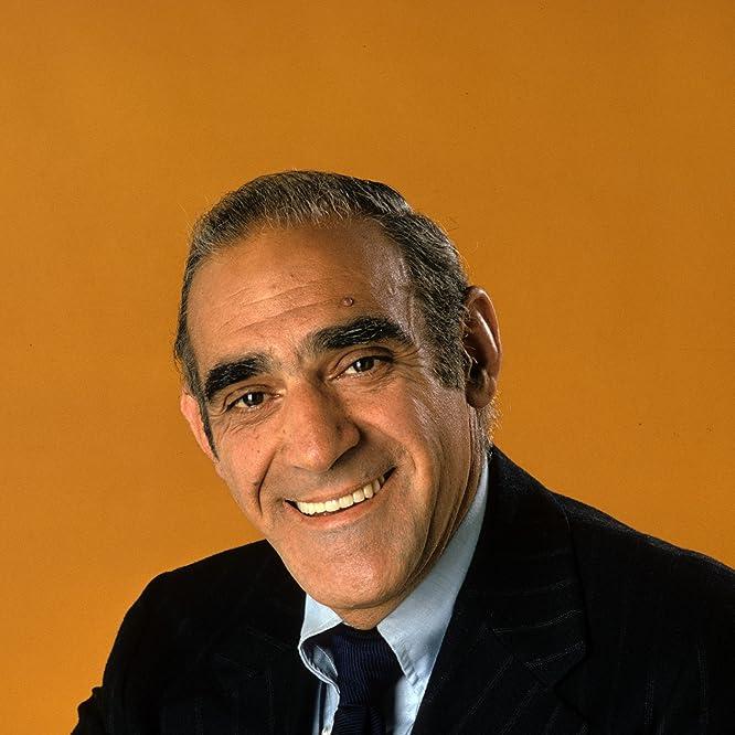 Abe Vigoda in Barney Miller (1974)
