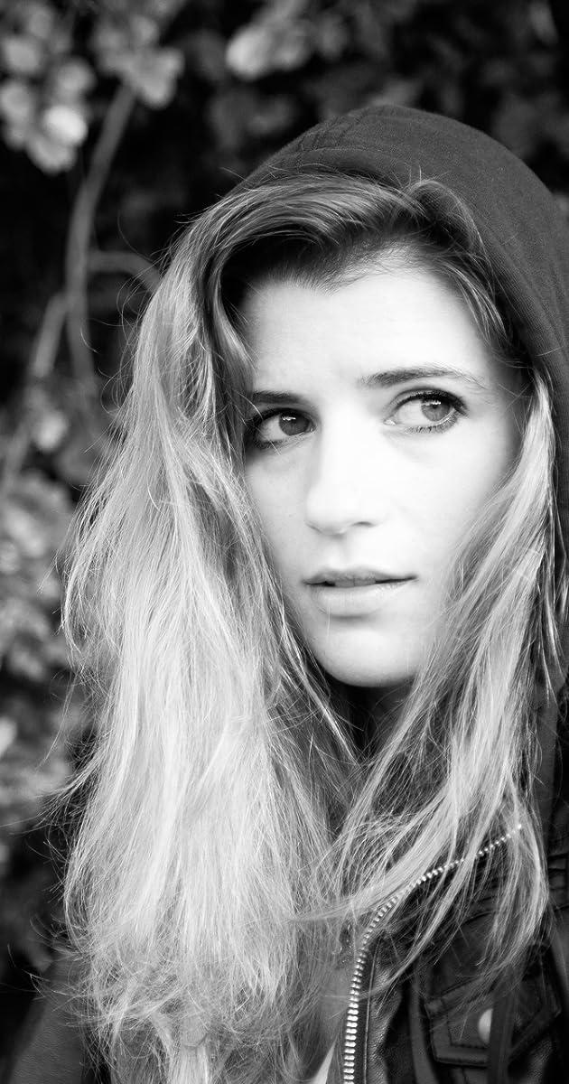 Lauren Schacher Nude Photos 44