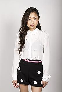 Aktori Krista Marie Yu
