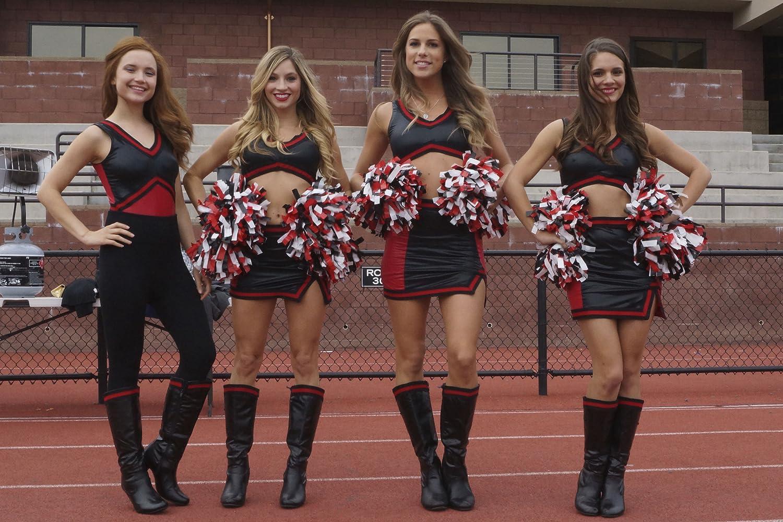 Онлайн naughty cheerleaders 2 смотреть