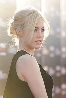 Charlotte Sullivan Picture