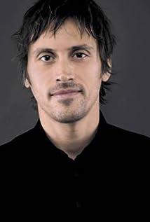 Aktori Niko Nicotera