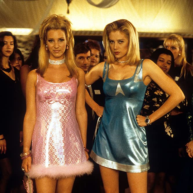 Mira Sorvino and Lisa Kudrow at an event for Romy and Michele's High School Reunion (1997)