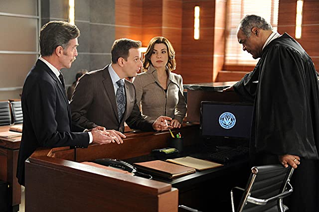 Julianna Margulies, David Fonteno, and Jared Andres in The Good Wife (2009)