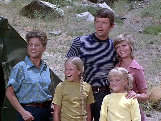 Eve Plumb, Florence Henderson, Susan Olsen, Robert Reed, and Ann B. Davis at an event for The Brady Bunch (1969)