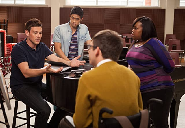 Beth Dubber, Harry Shum Jr., Cory Monteith, and Amber Riley in Glee (2009)