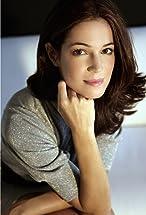Paula Neves's primary photo