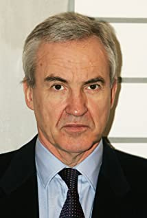 Larry Lamb Picture