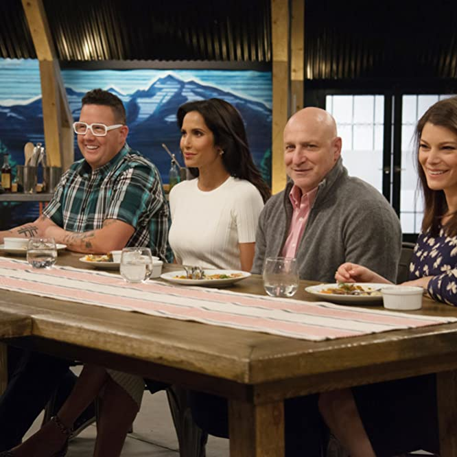 Padma Lakshmi, Gail Simmons, Tom Colicchio, and Graham Elliot in Top Chef (2006)