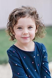 Elise Vargas Picture