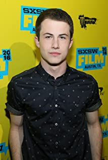 Dylan Minnette earned a  million dollar salary - leaving the net worth at 2 million in 2018