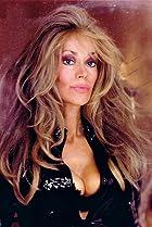Image of Lisa Todd